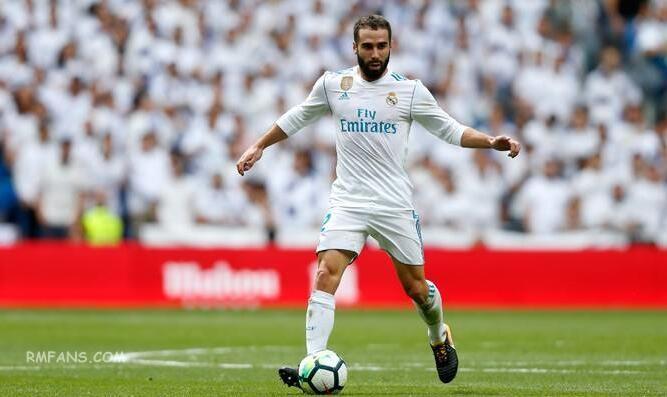 """皇家马德里对阵比利亚雷亚尔的18人大名单"""""""