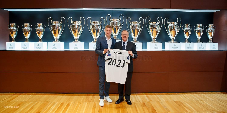 克罗斯与皇马续约至2023赛季