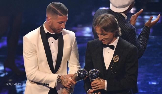 """拉莫斯和莫德里奇入选FIFA年度最佳阵容"""""""