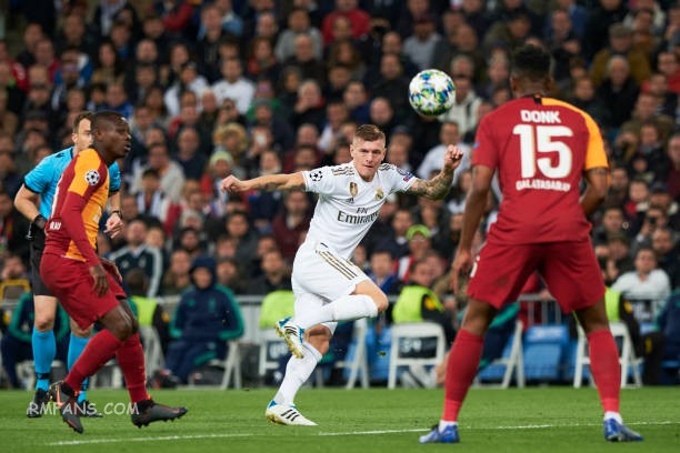 midfielder-toni-kroos-of-real-madrid-cf-in-action-during-the-uefa-picture-id1185977044.jpg