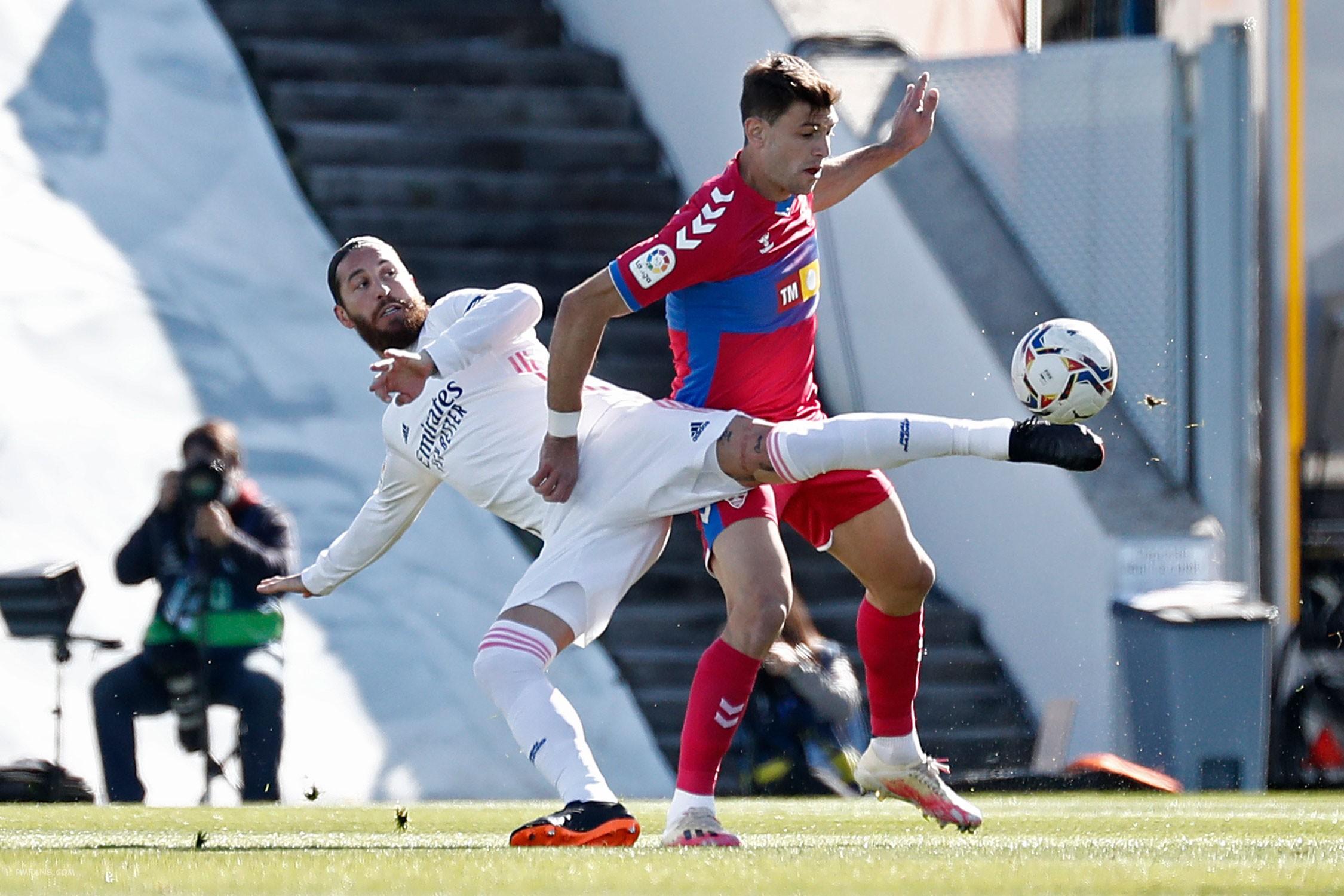 """组图 西甲第27轮 皇家马德里2-1埃尔切"""""""